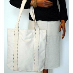 White Canvas Woman´s Bag